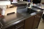 当初の打ち合わせでは水栓奥のハイカウンター棚は残すご希望でした。